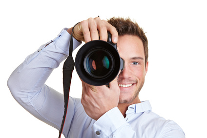 Profifotograf mit Digitalkamera